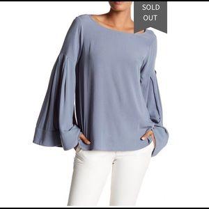 Ro & De  Bell Sleeve Blouse Top S